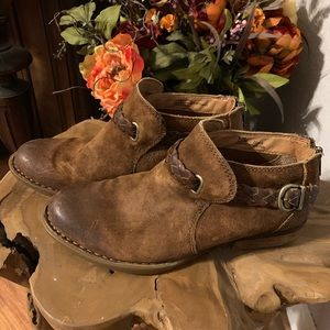 Borne Sylvia Brown Leather Ankle Boots / Booties